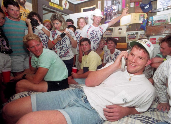 brett favre text pics. quot;Brett Favre, when he was Jenn