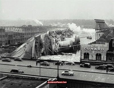 [world's+Biggest+Sea+Accidents+(17).jpg]