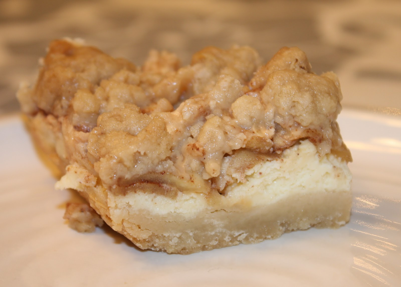 Kuki's Kookbook: Caramel Apple Cheesecake Bars