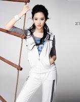 Crystal Liu z'dorzi