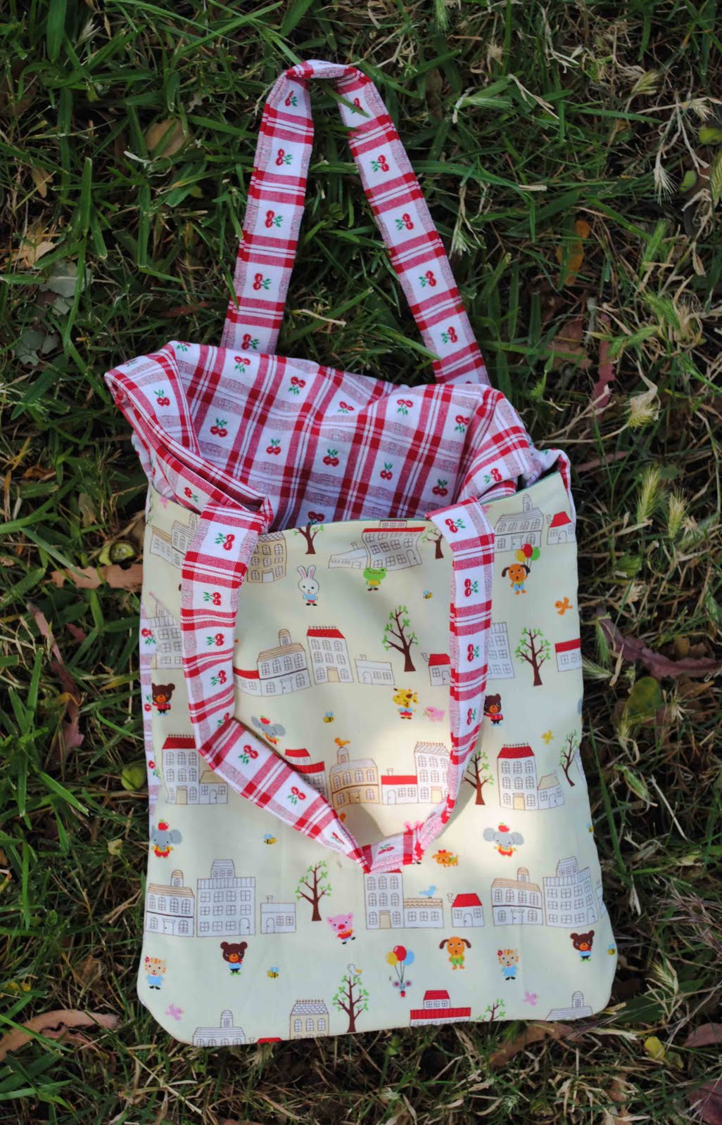 Zakka life how to sew a picnic blanket tote for Au maison picnic blanket