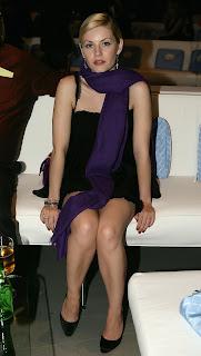 Elisha Cuthbert Shows Off Her Legs