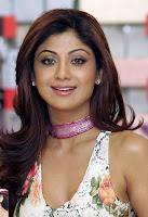 Shilpa Shetty Cleavage Shots