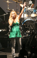 Hayden Panettiere Performing On Stage