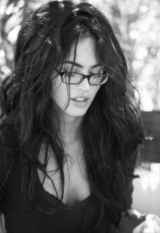 http://4.bp.blogspot.com/_l0j8a2UdlFw/TMp4oEl_SAI/AAAAAAAAEX0/8B_XaIjsvZ0/s1600/sexy_girls_in_glasses_13.jpg