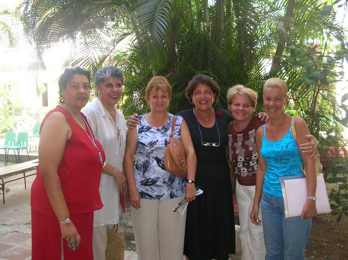 Yuya, Carmen, Violeta, Alina, Leticia y Coralia