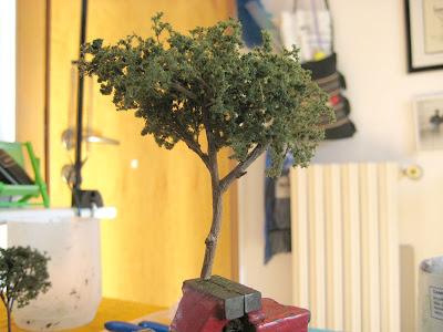 Il plastico di enrico57 gli alberi del viale della stazione for Chioma albero