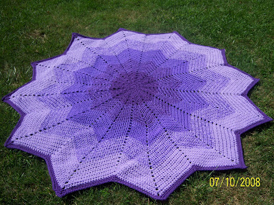 12 Point Star Afghan Pattern http://homeofalonelywoman.blogspot.com/p/links-for-free-round-afghan-crochet.html