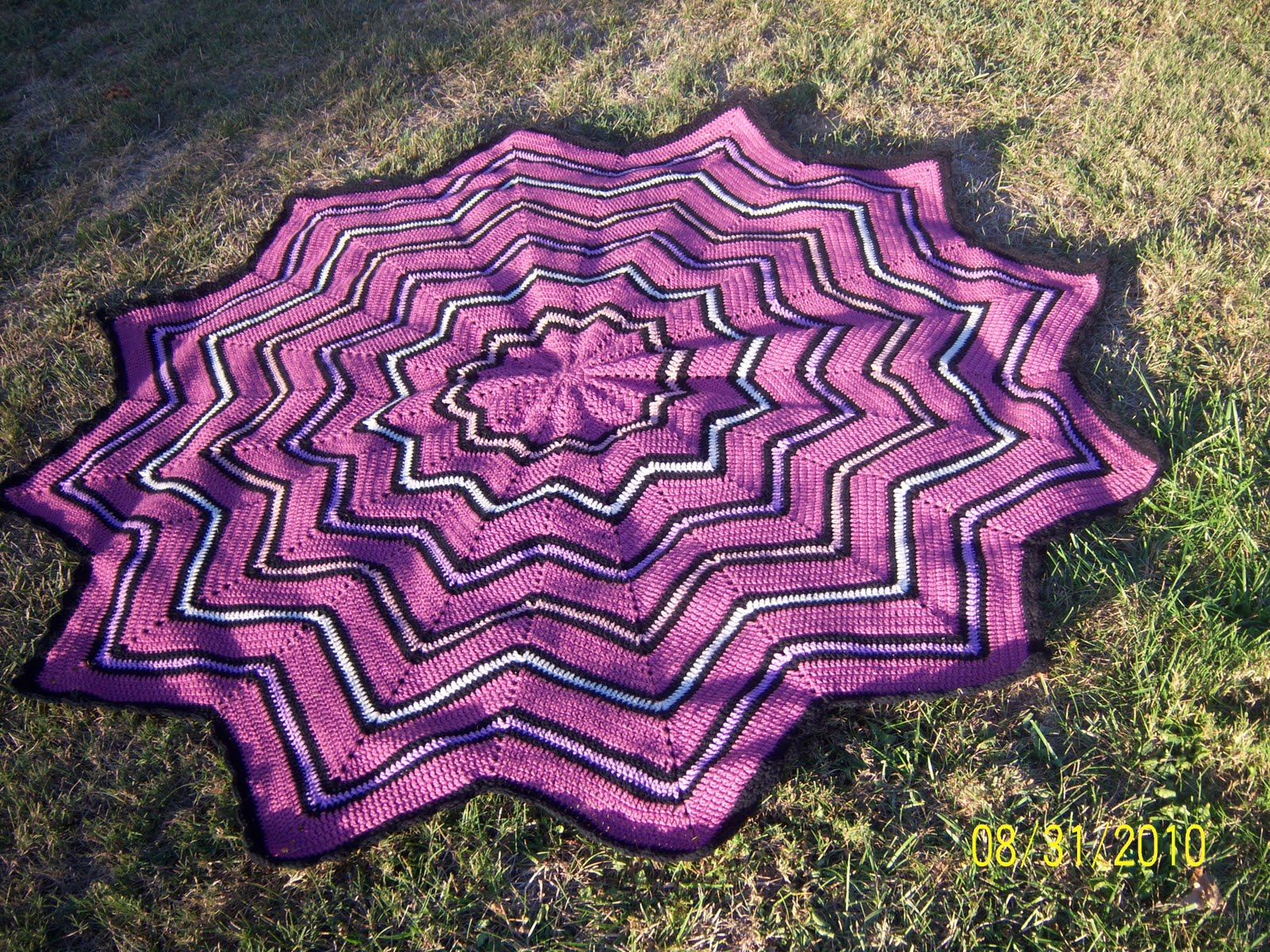 Round Ripple Afghan Pattern | Patterns Gallery
