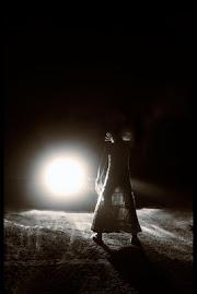"""""""Je sais que je ne sais pas grand chose, j'envie ceux qui y voient clair dans cette obcurité."""" N.H"""