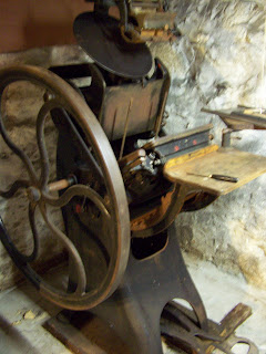 Pedal & wheel operated press