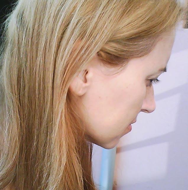 Porque nosso cabelo clareia alguns dias depois da tintura?