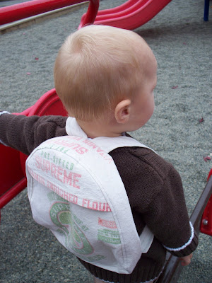 http://indietutes.blogspot.com/2009/10/toddler-backpack-pattern.html