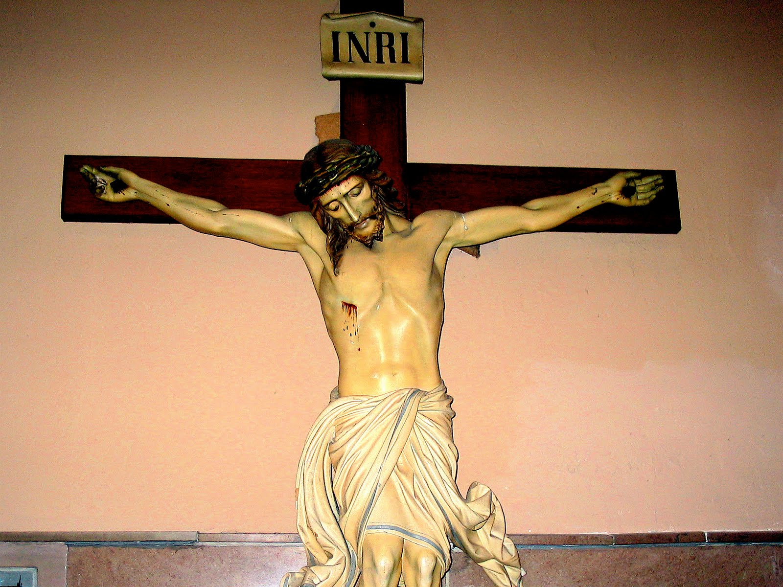 Crucifixion picture of Jesus Christ withe Crown of Thorns ...