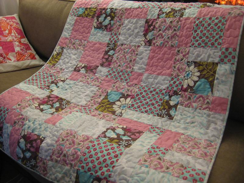 Easy Quilt With Three Fabrics : A Quilt for Fabric Crush - Quilting In The Rain