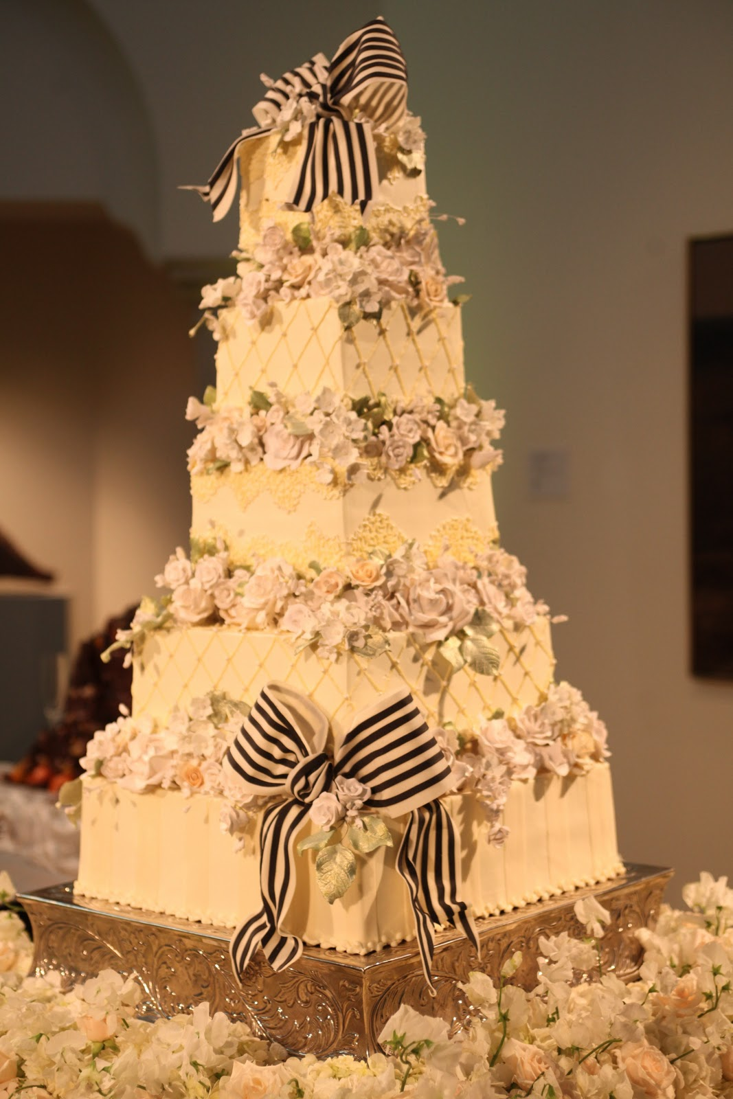 Cake Art Affair : i see a palm tree: The Summer Wedding was a May Arts ...