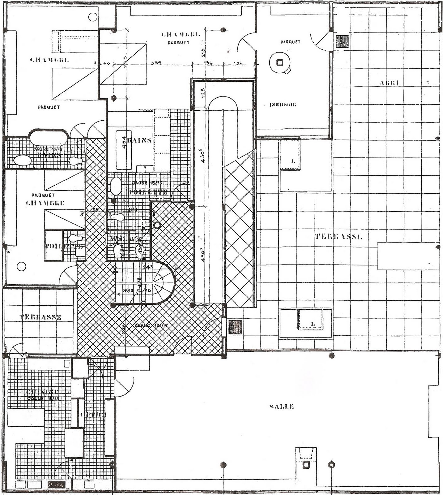Linh Nguyen ARCH1201Villa Savoye 2nd Floor Plan