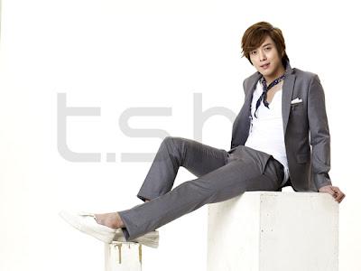 [NEWS] JungYongHwa como modelo para tsh 20110131_yonghwa_2