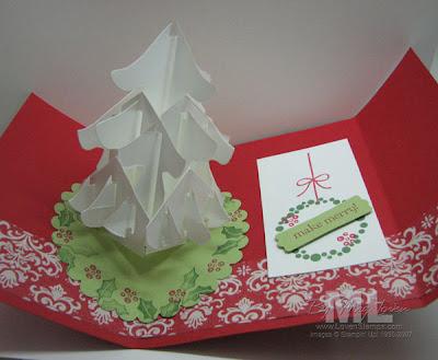 Berry Christmas Pop-Up Christmas Tree Card