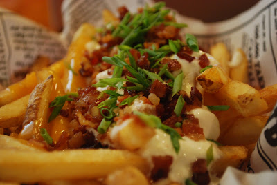 Bubba Gump All-American Cheesy Fries