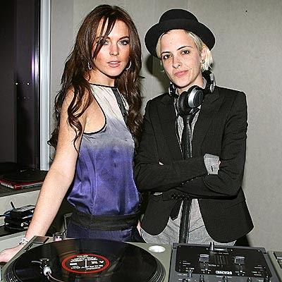 Lindsay Lohan On KROQ's Love Line