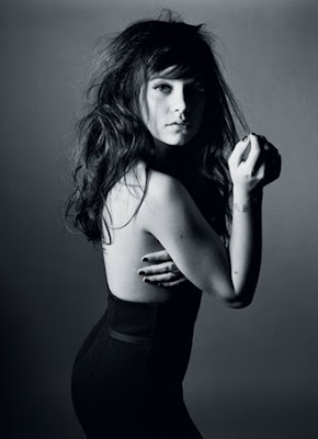 Lily Allen sexy black and white picture