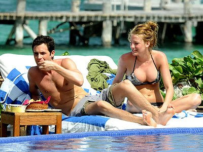 boobs|breasts, hot blake lively. Blake Lively sexy pics at swimming pool