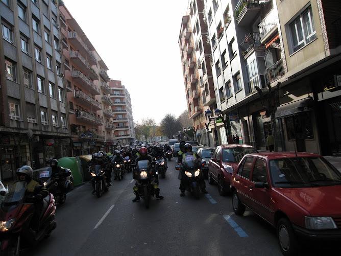 Manifestacion antiguardarrailes Vitoria DIC.2006