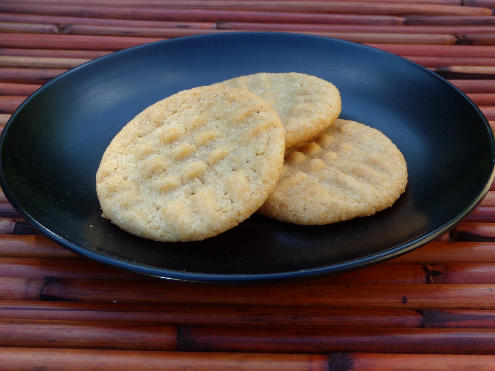The Culinary Vampire: Cashew butter cookies