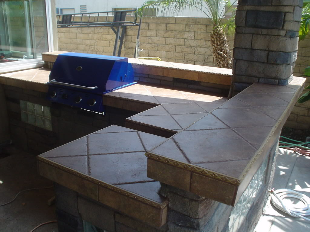 Outdoor Kitchen Tile : Outdoor Kitchen Construction: Tiles, tiles and more tiles.....