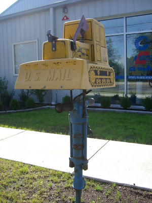 Funny free pics funny and creative mailbox designs for Creative mailbox ideas