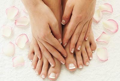 Cuidar manos y pies