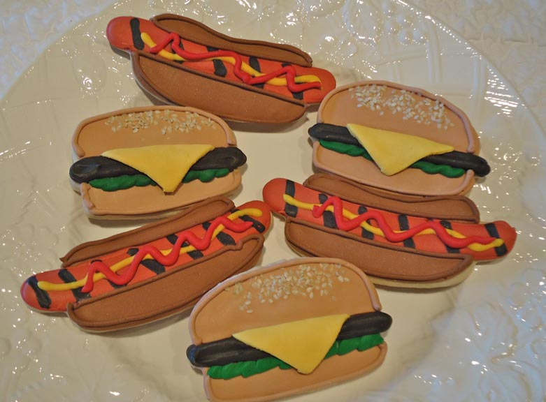 ecrandal: Hot Dogs and...