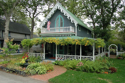 Melissa catherine moore gingerbread dream home for Gingerbread houses martha s vineyard