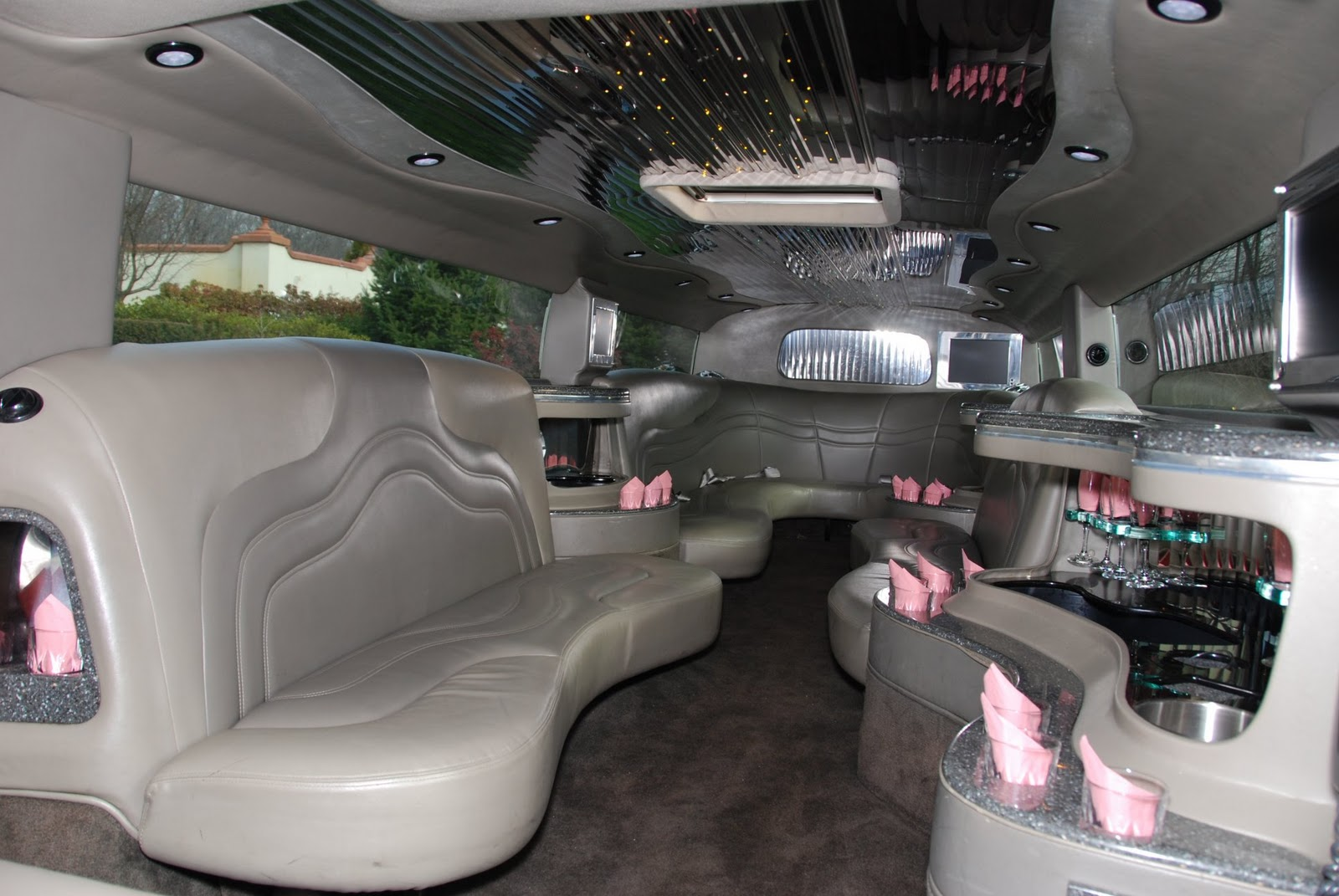 The wheel chooses the driver hummer for Interieur hummer