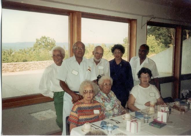 Family Reunion Otter Creek Park Henrietta,Hugh,Samuel,Goldie,Calvin,Leeanna,Maggie,Elizabeth