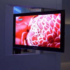 "Samsung 31"" OLED TV"