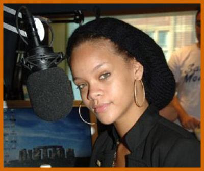 rihanna with no make up