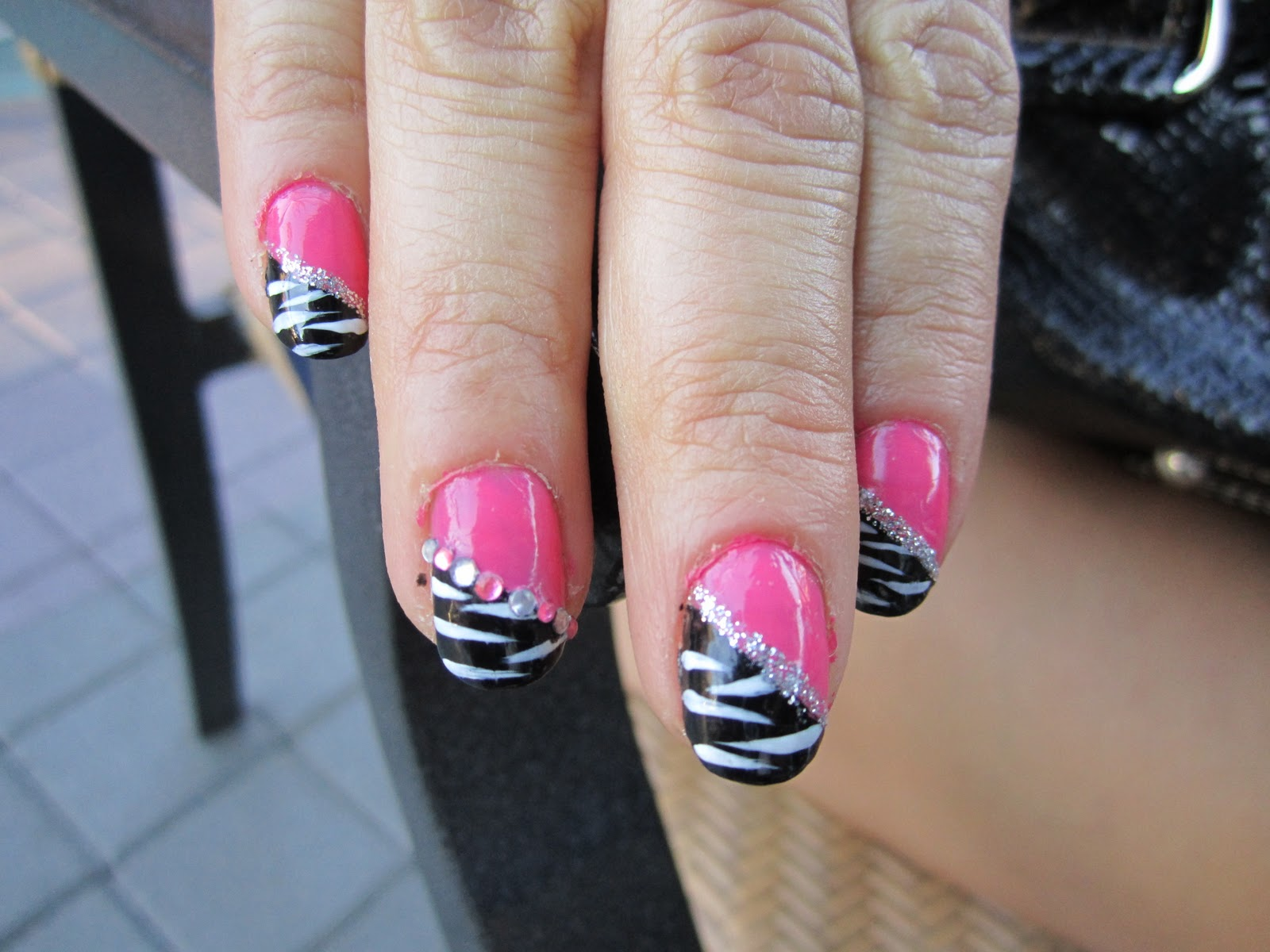 blanca1018�� pink and black zebra nail design blue