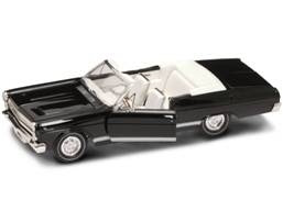 Mercury Diecast Yatming 92558Black 1-18th Scale 1966 Mercury Cyclone Black With Convertible Top Down