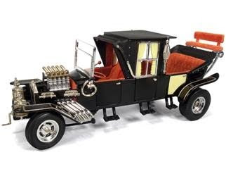 Marks Diecast American Muscle No 951 Munsters Coach 1-18th Scale