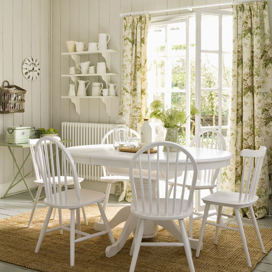 Country Dining Room Table Decorating Ideas