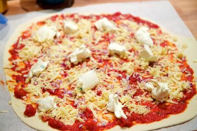 pizzaa ja smetanaa