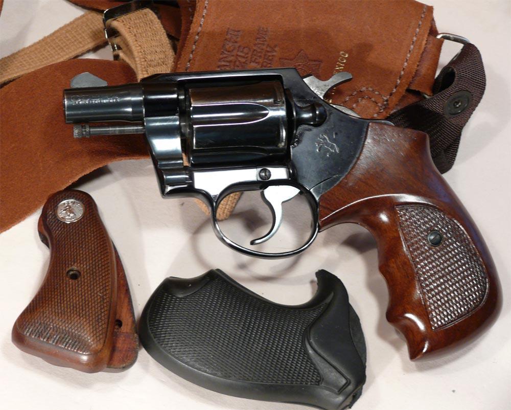 God, Guns And Grits