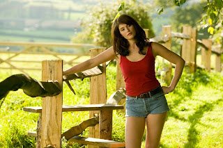 Gemma Arterton in the movie Tamara Drewe
