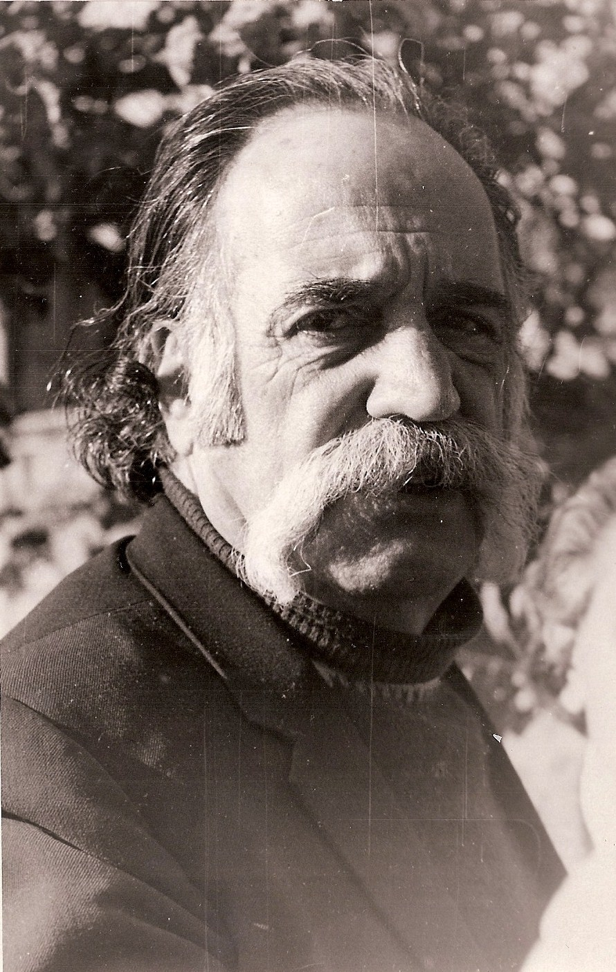 gaston william saroyan essay Essay 1: an analysis of a short story (william saroyan's gaston)  the body of your essay should be the longest part of your essay.