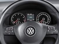 2011 Volkswagen Touran MPV 4