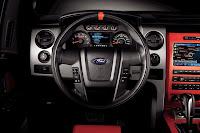 2011 Ford F150 SVT Raptor SuperCrew 34