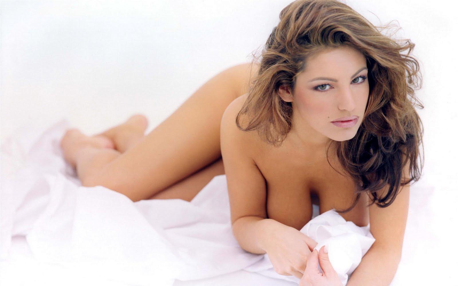 http://4.bp.blogspot.com/_lUd-vu9fgfw/TBB77pNLlJI/AAAAAAAAAJ4/2ik8172DGgg/s1600/beautiful+girls+1920x1200+%28207%29.jpg
