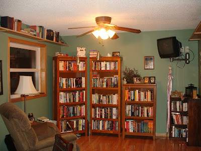 This Weeks Pictures Of Bookshelves Are From A Fellow Blogger Sheila Book Journey Keeps One The Most Updated Blogs That I Know